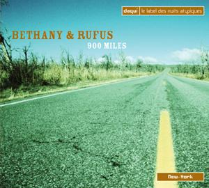 332029-bethany_&_rufus-900_miles